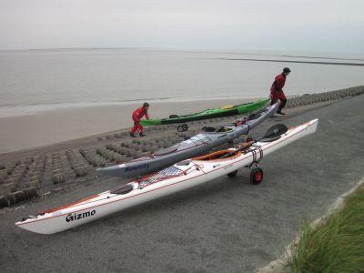 Seekajak Wangerooge Bootswagen Uferbefestigung Buhne