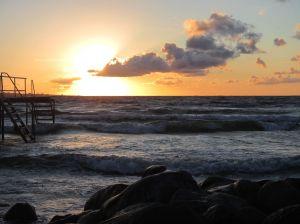 Dänemark Aeroe Brandung Wellen